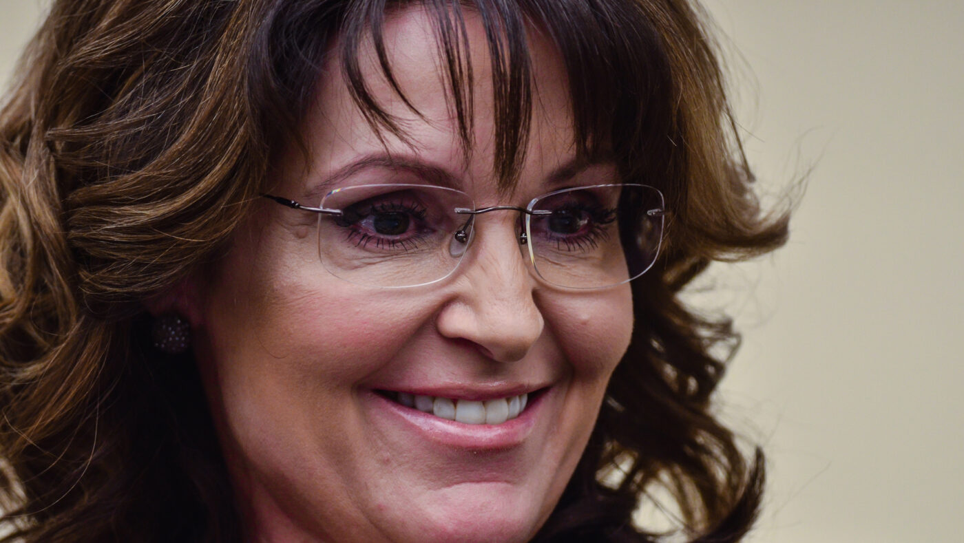 Company tied to Sarah Palin sells unfinished Arizona home for $6.2M