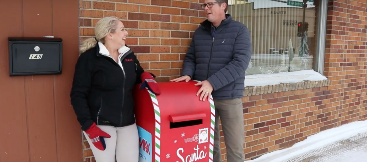 North Dakota RE/MAX branches install Santa mailboxes