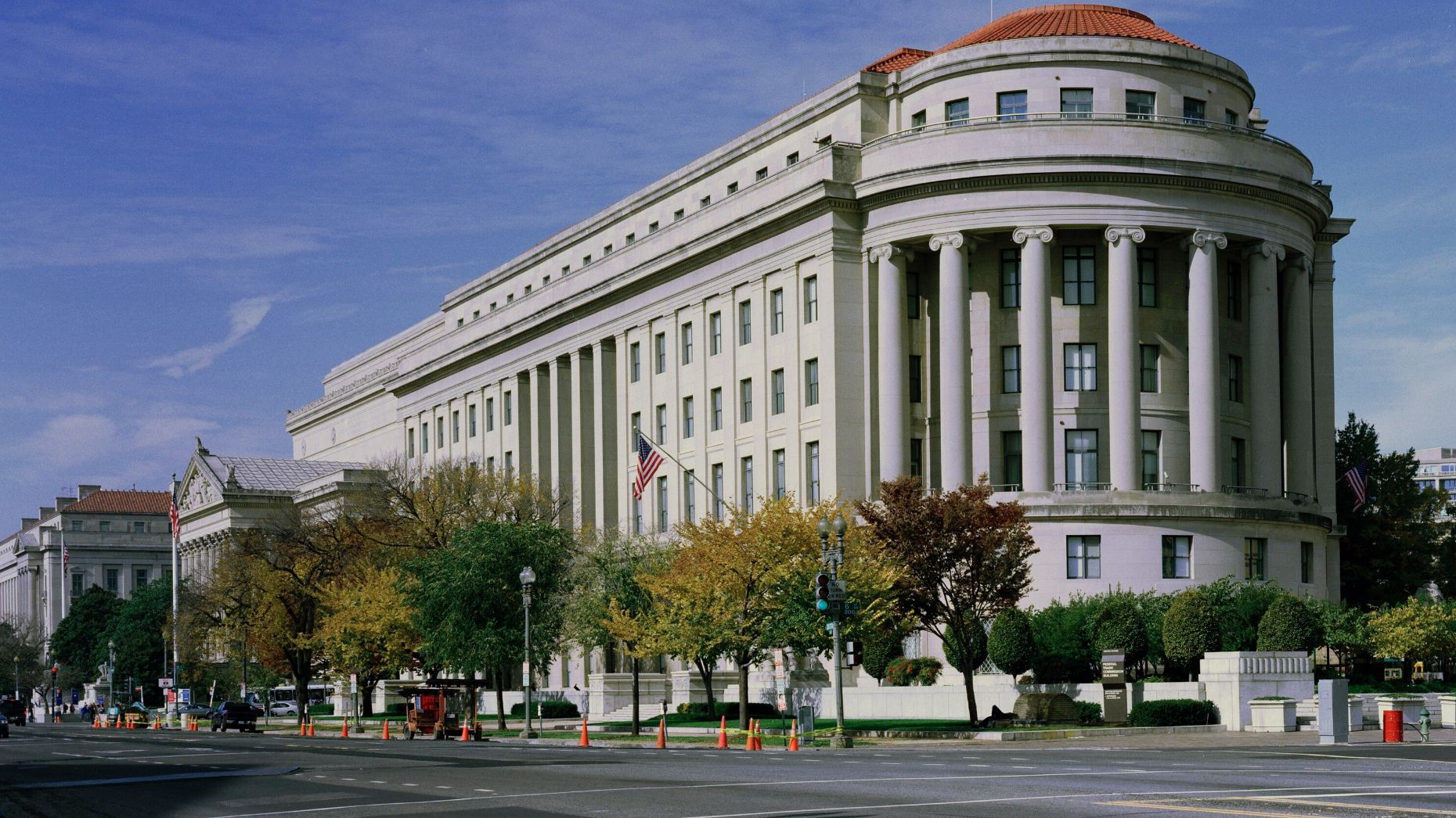 FTC sues CoStar to stop RentPath acquisition