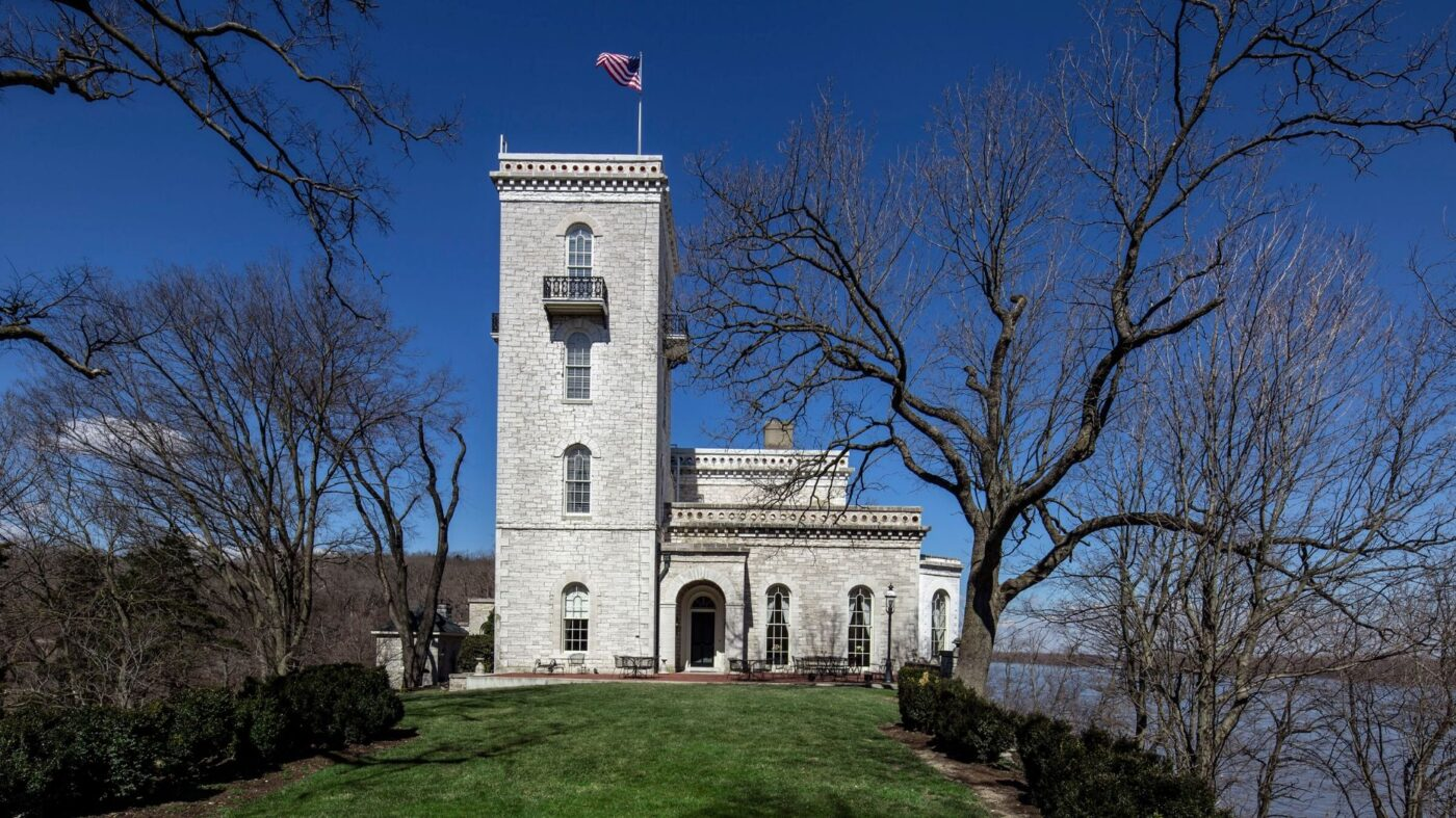 A castle on the banks of the Mississippi comes to market
