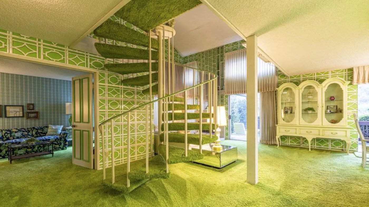 Green 1970s home left untouched for 40 years hits the market