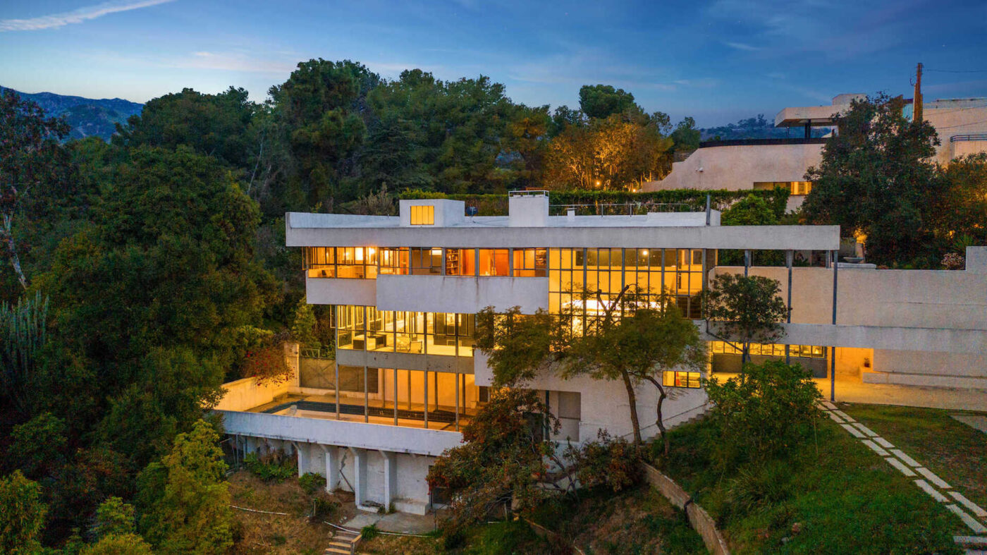 'We're going to let the market determine the price': Famed Richard Neutra home hits market