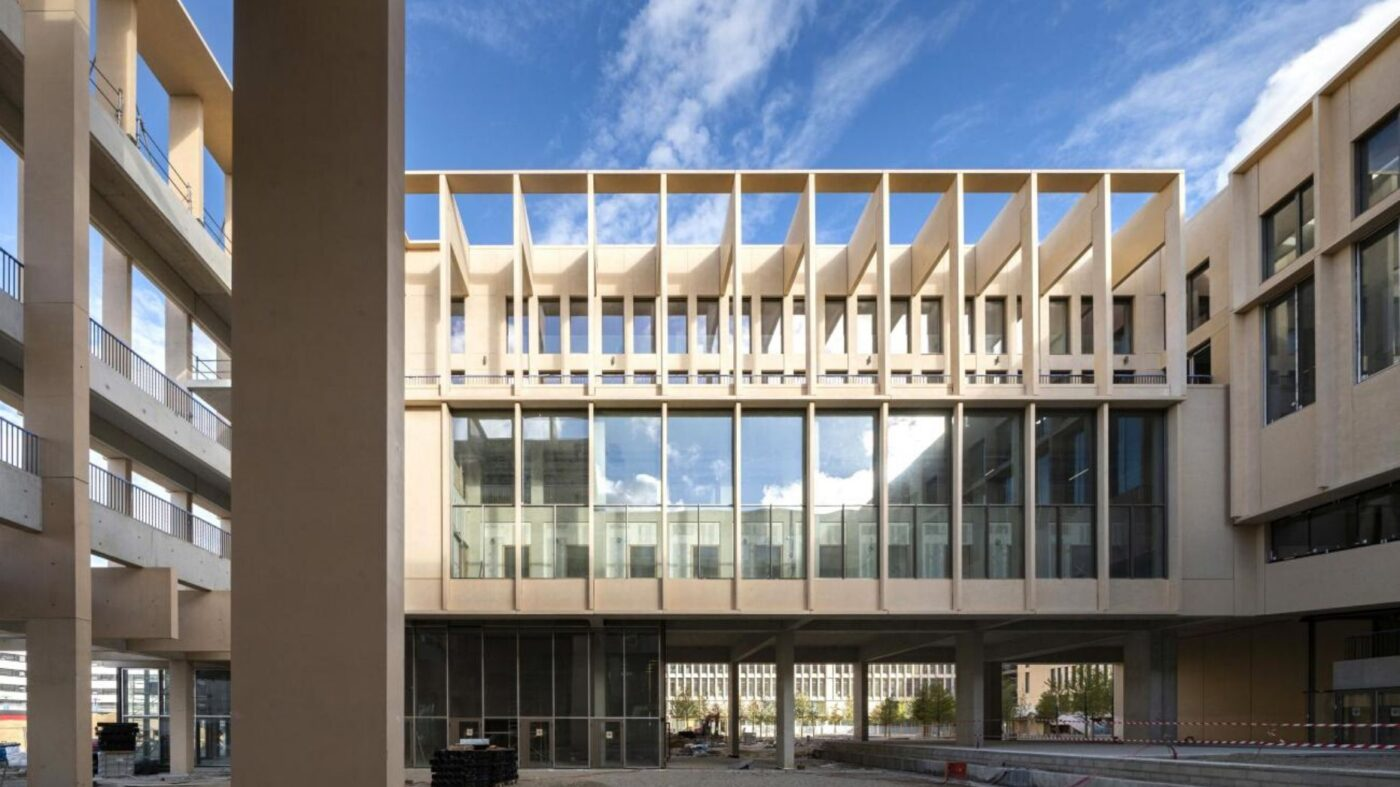 Yvonne Farrell and Shelley McNamara become first all-female pair to win Pritzker Prize