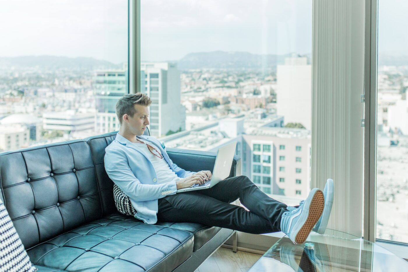 Practicing real estate from a distance? 5 virtual meeting platforms you need to know