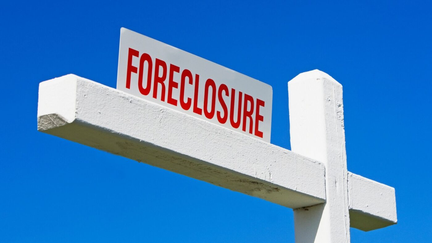 Foreclosure activity hits lowest point in 15 years