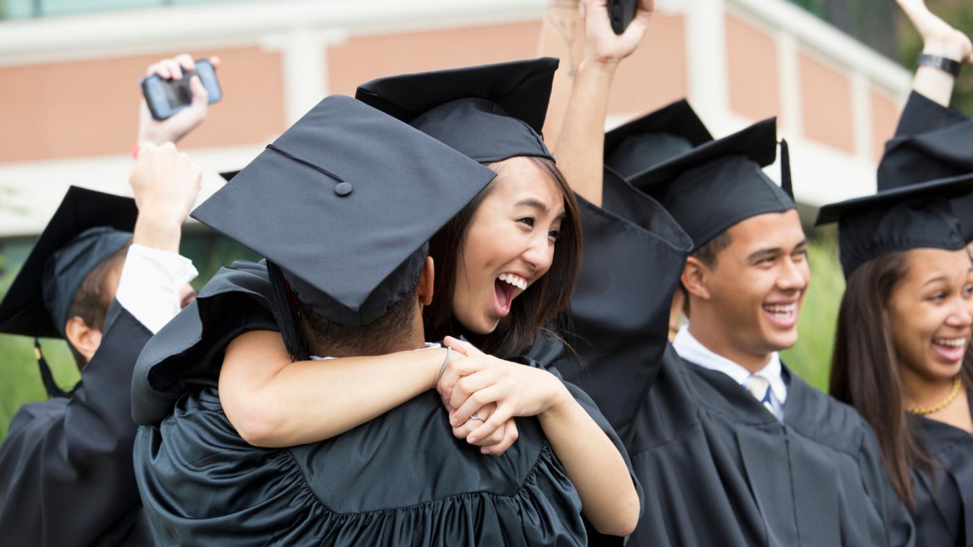 C21 brokerage honors HS seniors unable to celebrate graduation