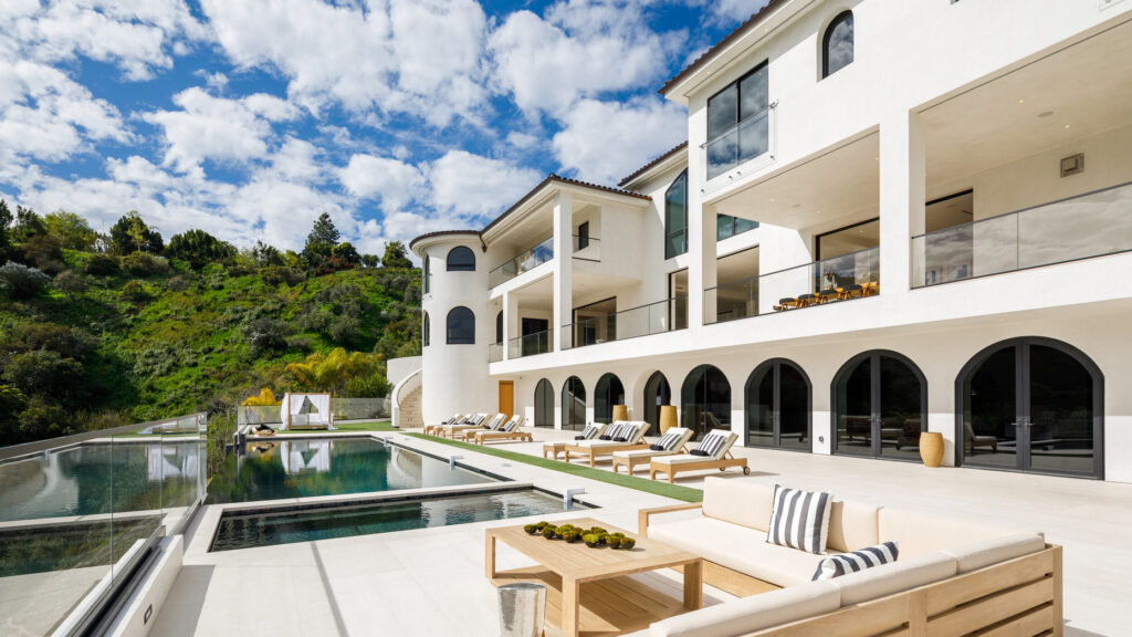See inside a $100M Bel Air megamansion with 21 bathrooms