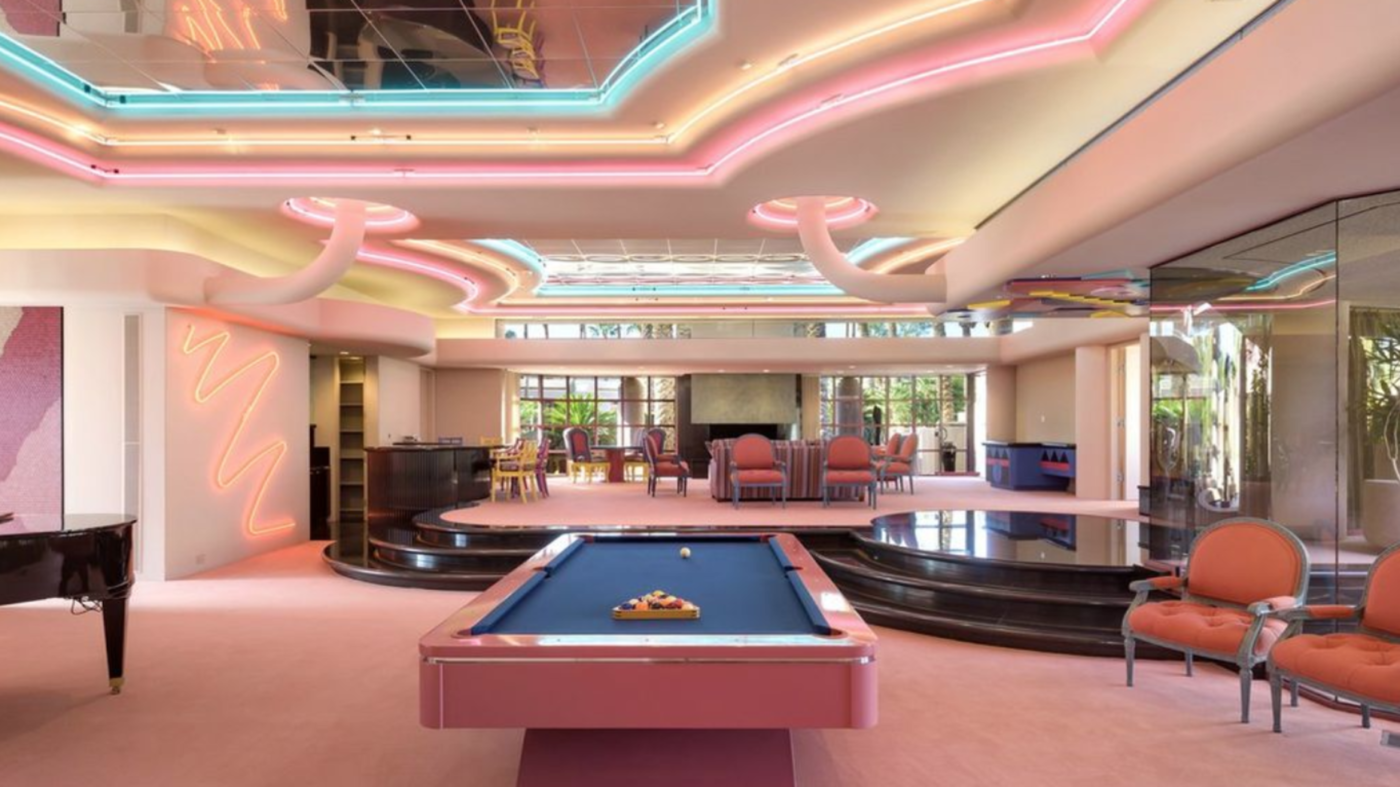Back to the future: Check out this totally tubular 1980s mansion
