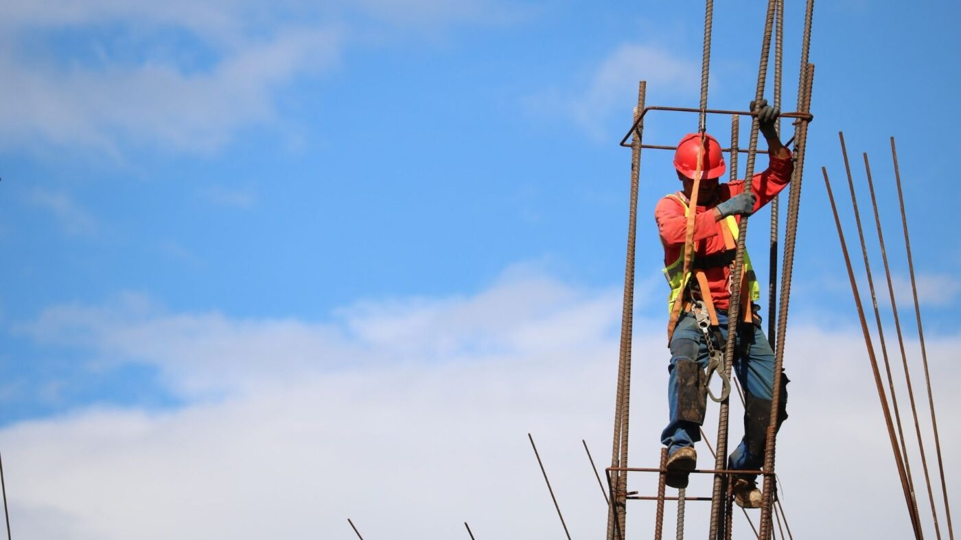 Builder confidence reaches historic all-time high in September