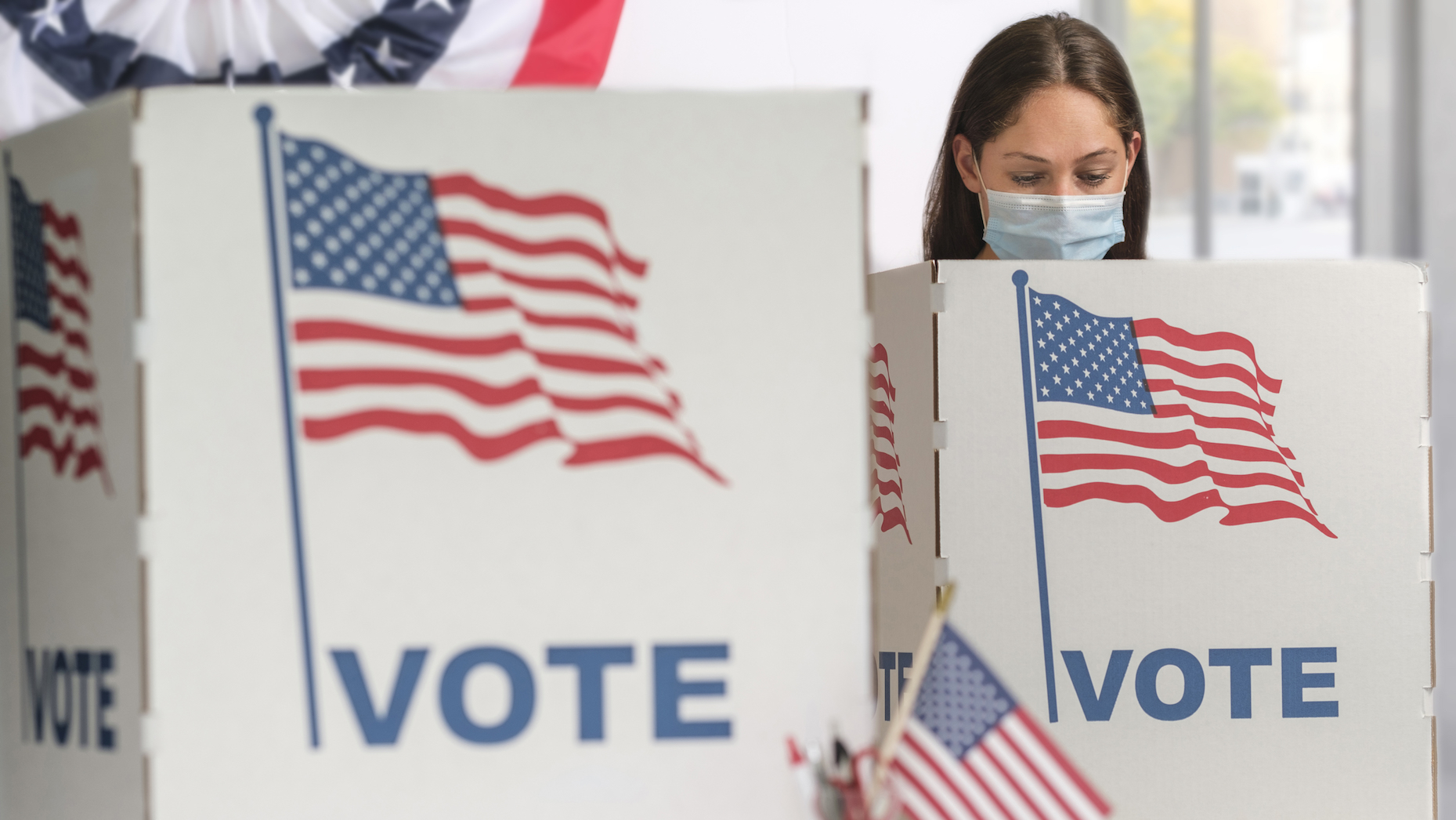 Multitudes of Americans considering leaving US after election