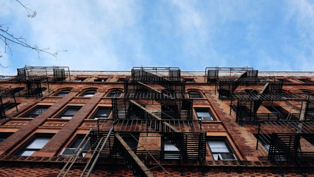 How building managers can prepare for a COVID-19 winter