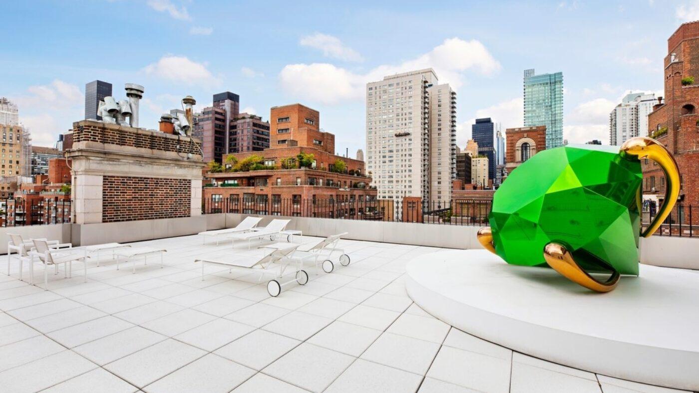 Fashion designer's art-filled Manhattan penthouse asks $45M