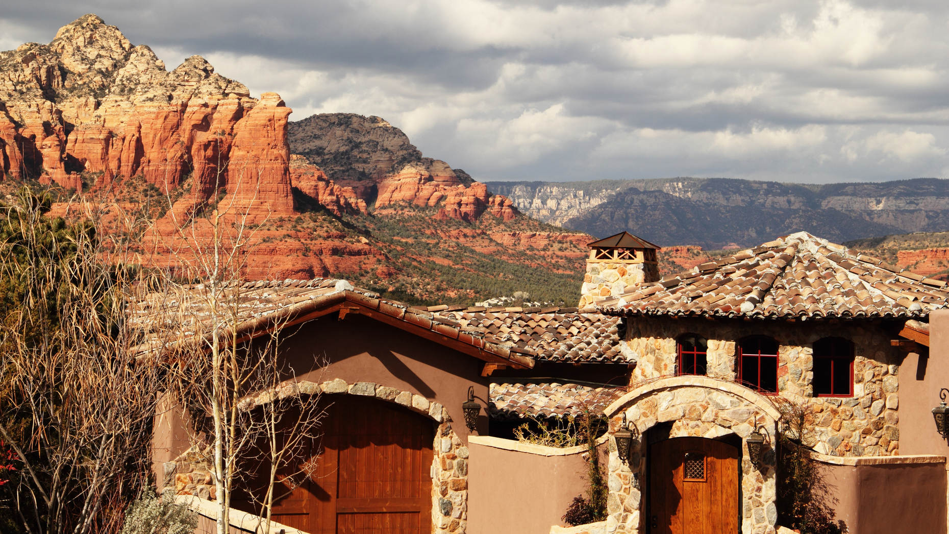 'We're in a perfect storm': Luxury real estate in Arizona is heating up