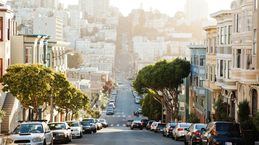 Rent prices continue to decline along the coasts: realtor.com