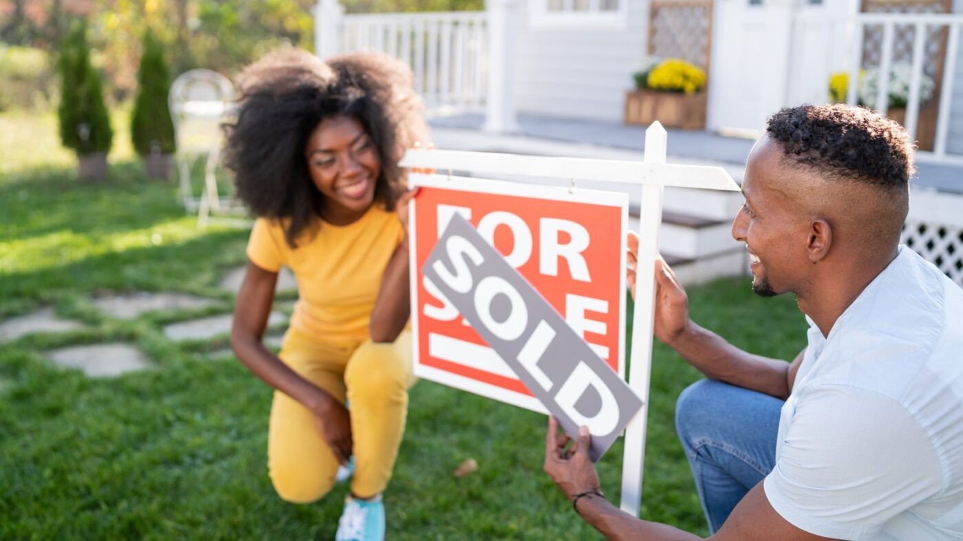 The home value gap between races is narrowing — slowly: Zillow