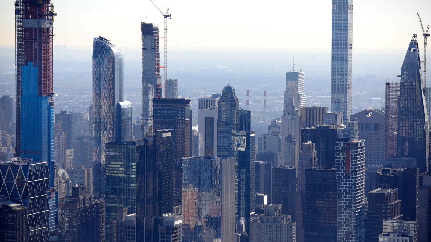 Manhattan real estate sales hit 14-year high
