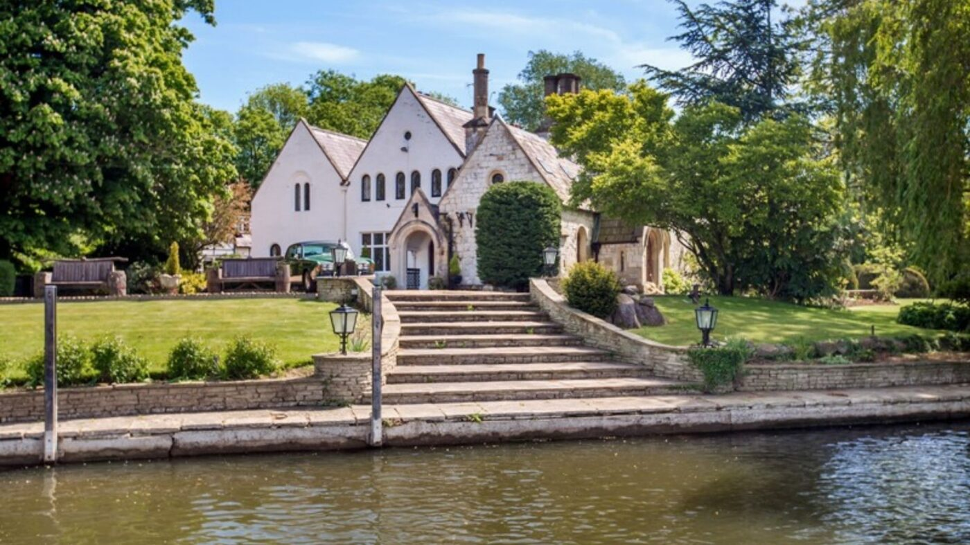 English estate where the Magna Carta was signed lists for $5.9M