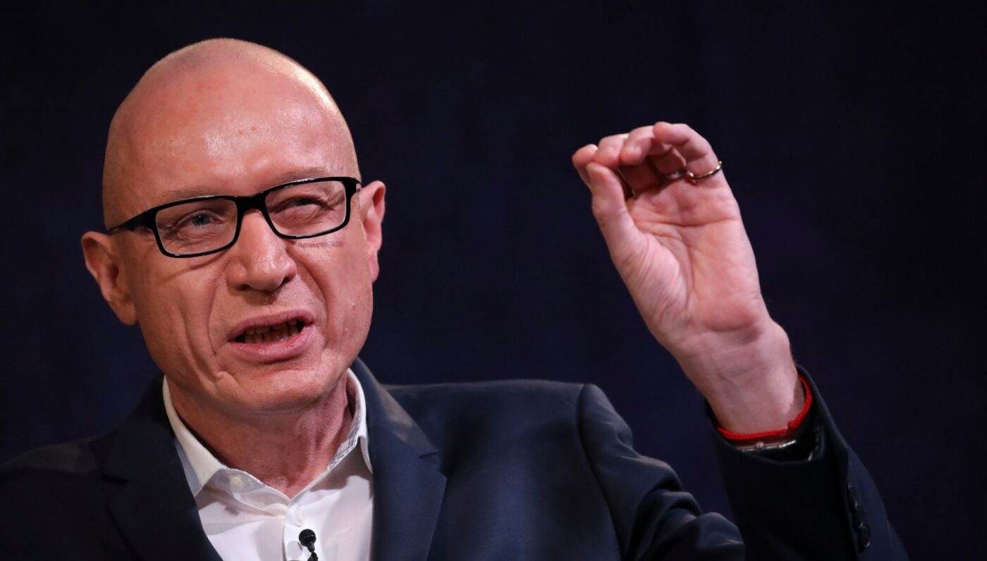 News Corp CEO: We'll leave the 'unkempt gardens' to Zillow
