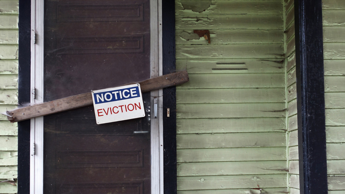 BREAKING: Federal judge lifts nationwide eviction ban
