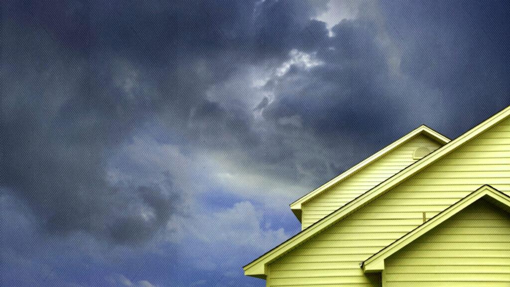 L'agent acheteur qui a cadenassé la porte: des histoires du monde sauvage de l'immobilier
