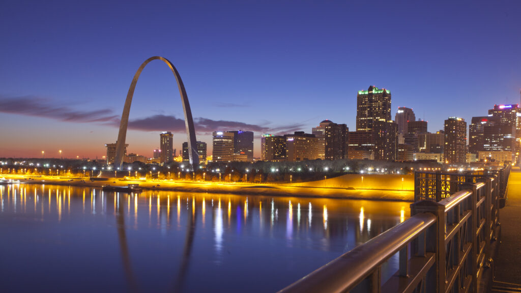 Top Coldwell Banker team in Missouri jumps to eXp Realty