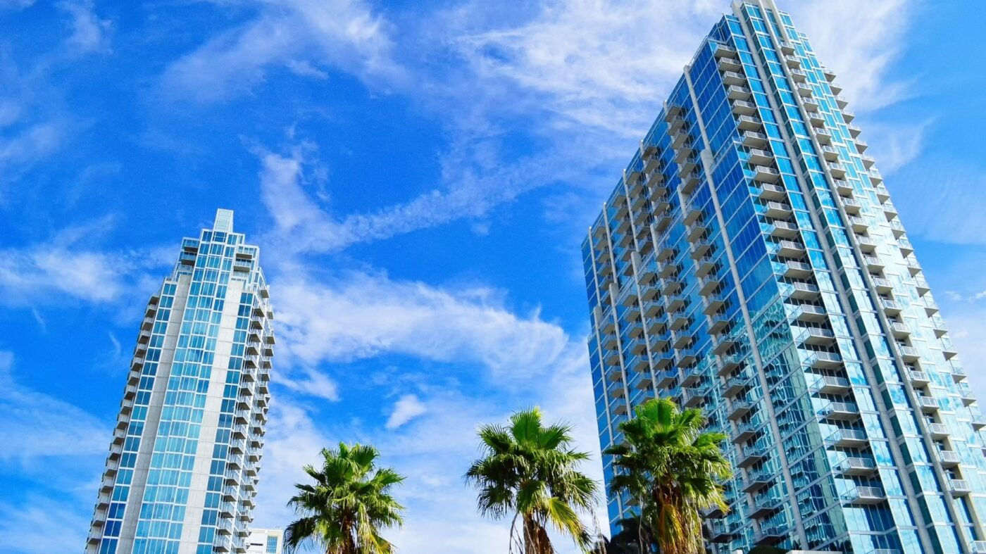 Flat-fee brokerage Houwzer expands into Tampa