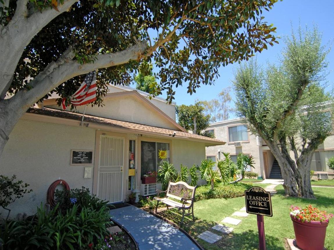 Blackstone Group, TruAmerica buy 5,800 apartments in San Diego
