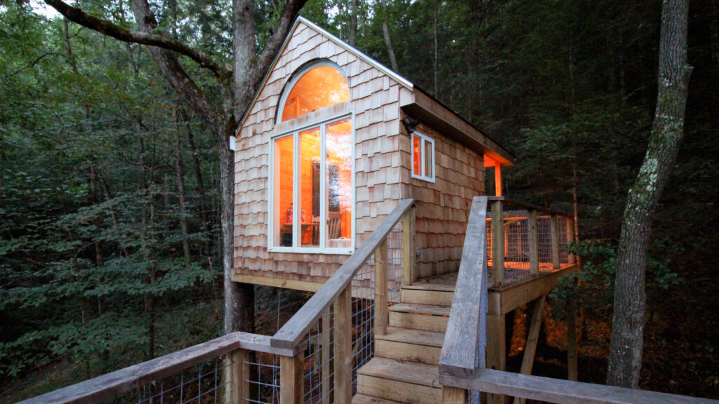 Treehouses, yurts, private islands: Demand for 'unique' short-term rentals is spiking