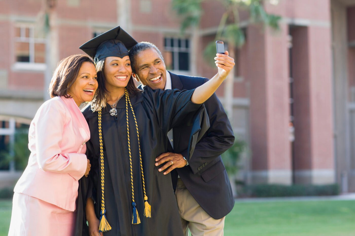 FHA relaxes underwriting for student loan borrowers