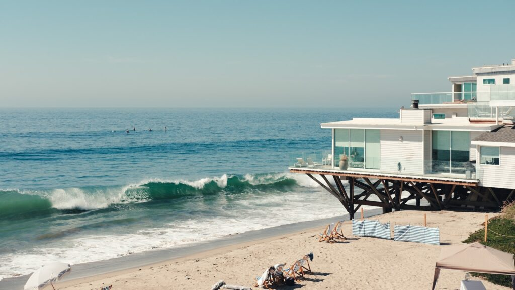 More vacation home consumers willing to buy sight unseen