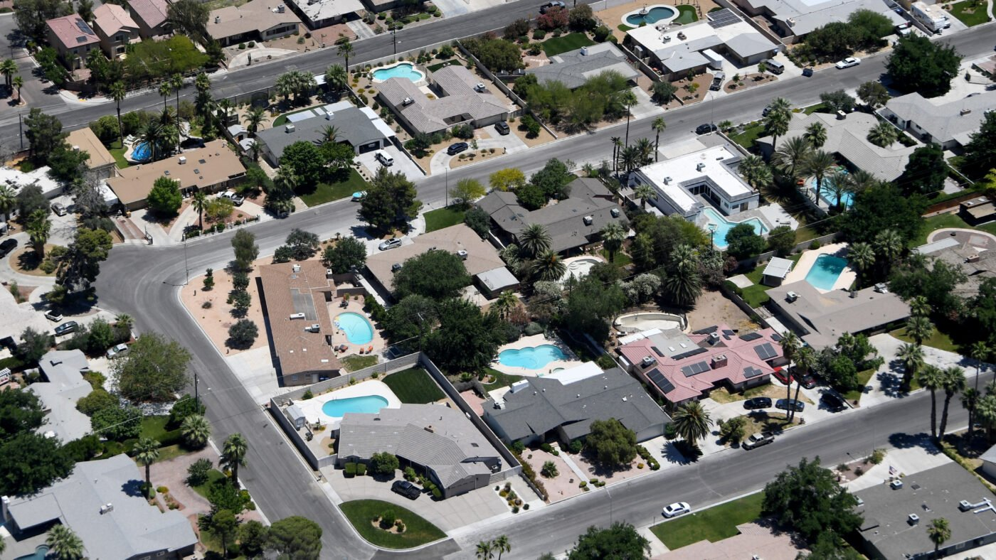 Signs of seasonal inventory growth return in strained housing market