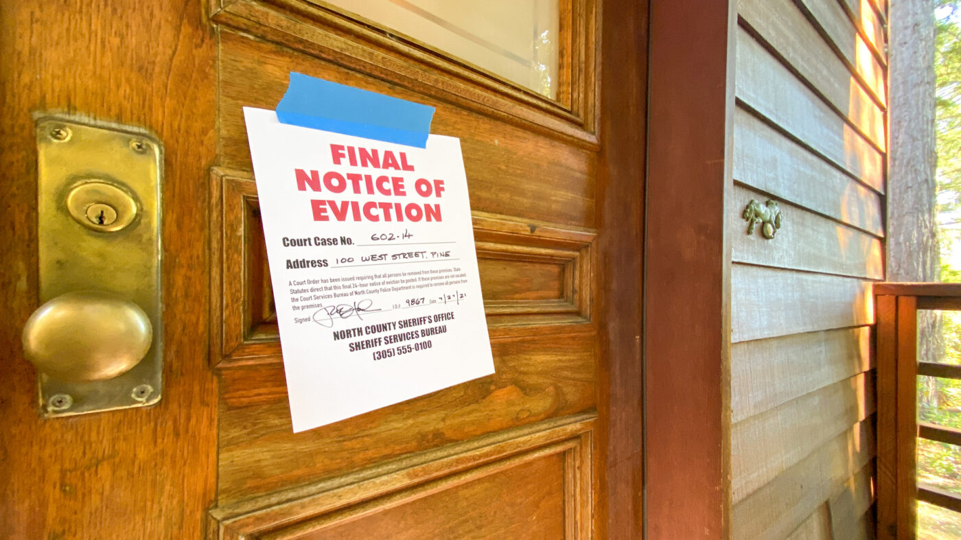 'It's creating a nightmare': Agents, landlords bristle at new eviction ban