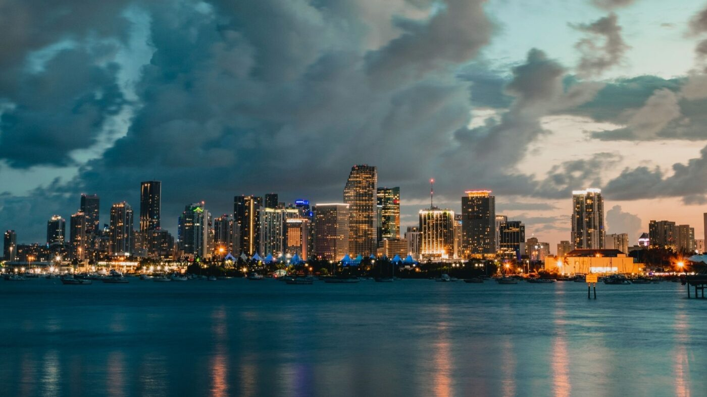 Residents of 8-story Miami condo told to evacuate