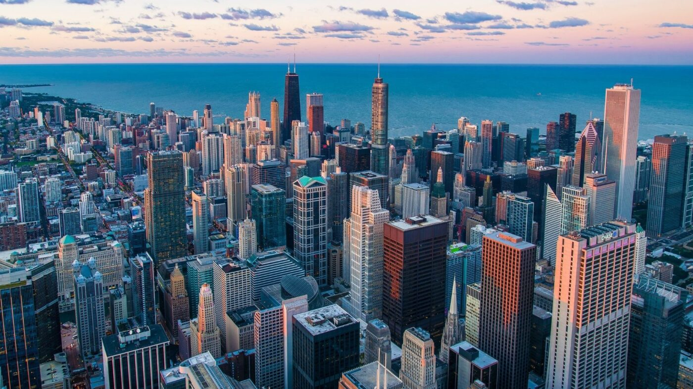 RedfinNow becomes first major iBuyer to launch in Chicago