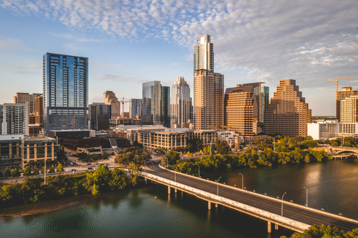 Startup iBuyer Flyhomes expands to Austin, Dallas and Houston