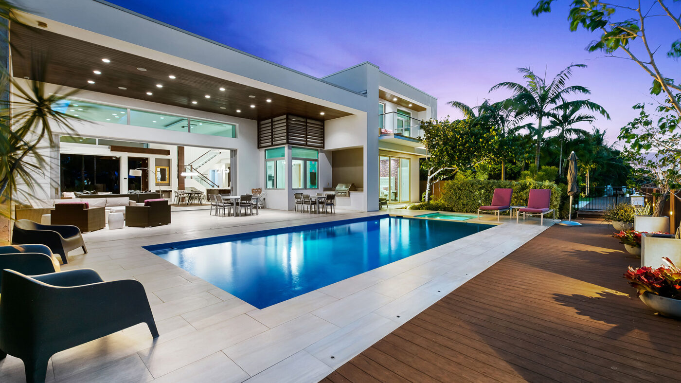 Tap into the red-hot second home market