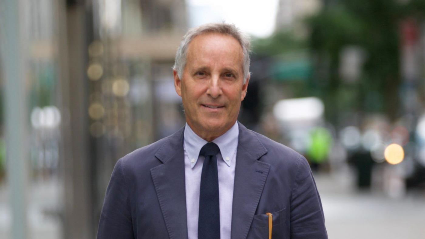 Top NYC agent Richard Steinberg heads to Compass