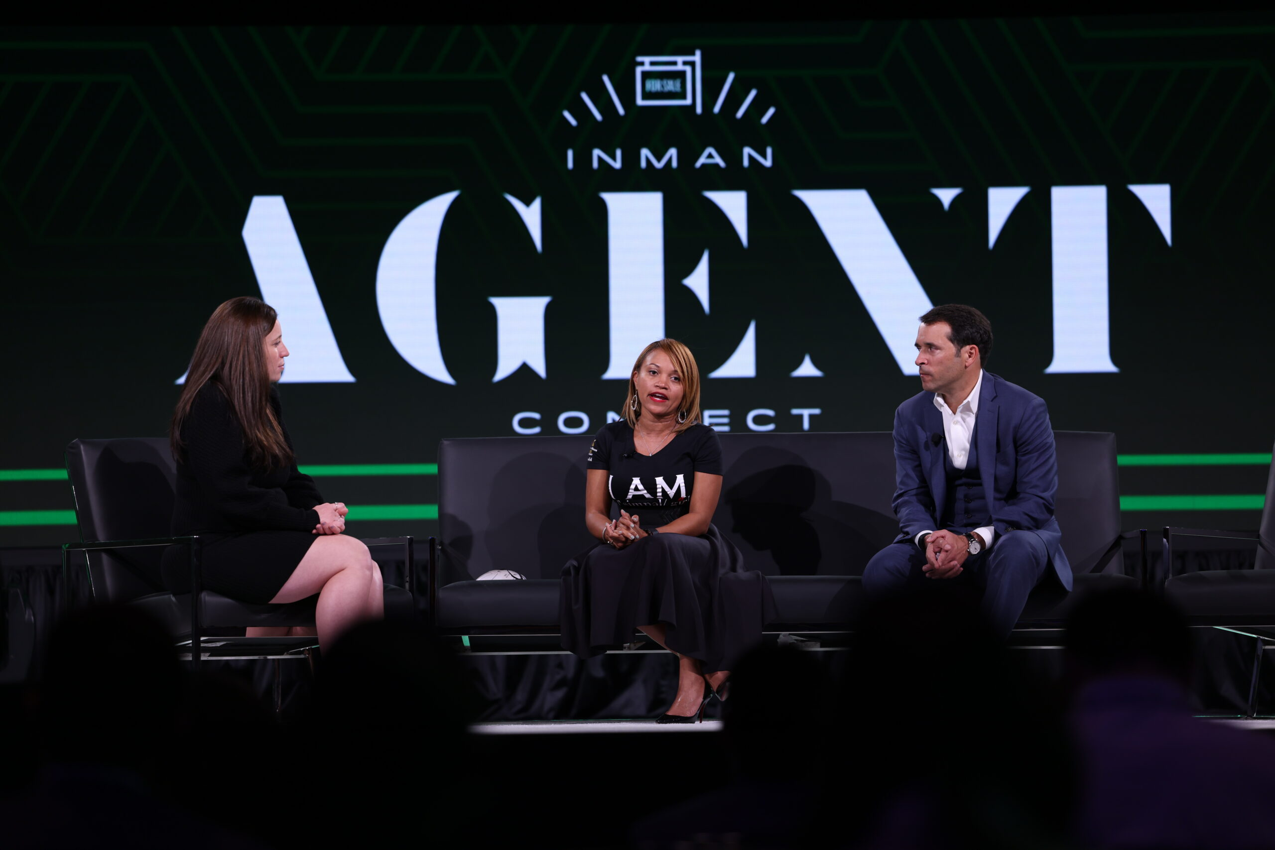 You're an agent who wants to be an investor: 4 ways to get in the game