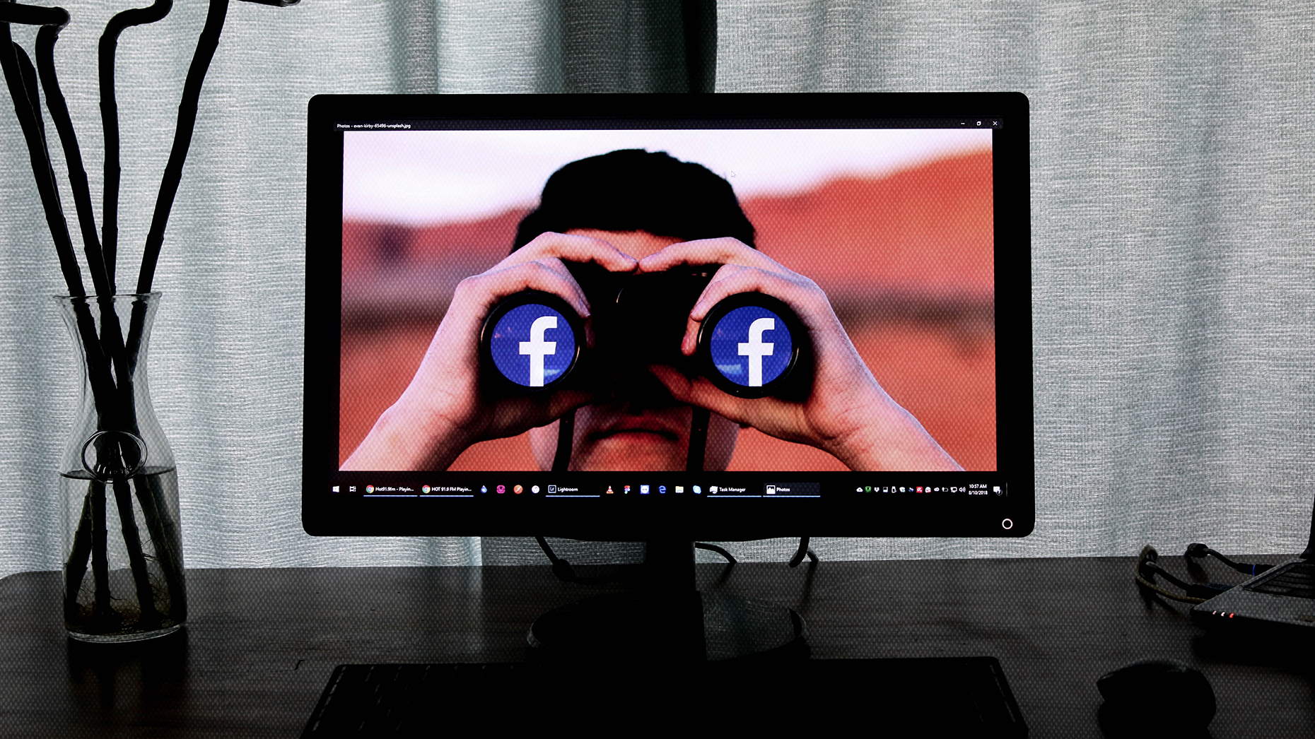 Facebook down! 4 ways to be ready next time